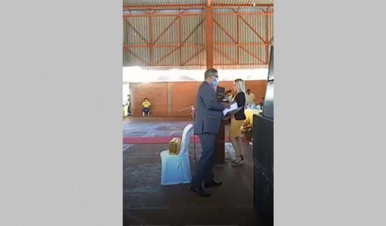Presidente do MDB tinha uma procuração do vereador ausente