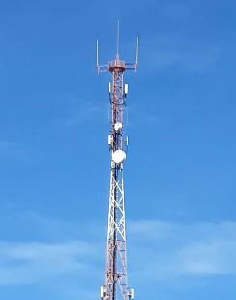 Torre de telefonia onde o corpo foi encontrado