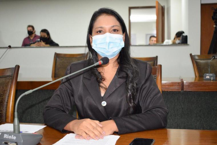 Deputada Vanda Monteiro quer explicações da prefeitura de Palmas