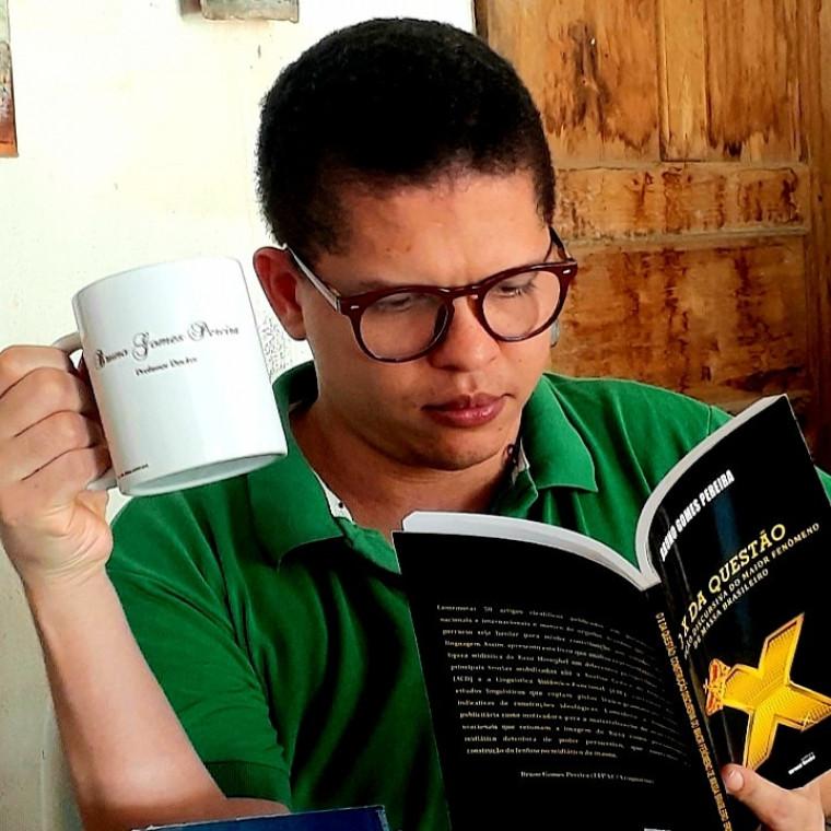 "Bruno Gomes ganhou o prêmio ""Serafim da Silva Neto"""