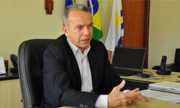 Secretário Edson Cabral é gestor do Funsaúde