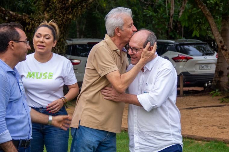 Ex-deputado Raimundo Palito manifesta gratidão a Ronaldo Dimas