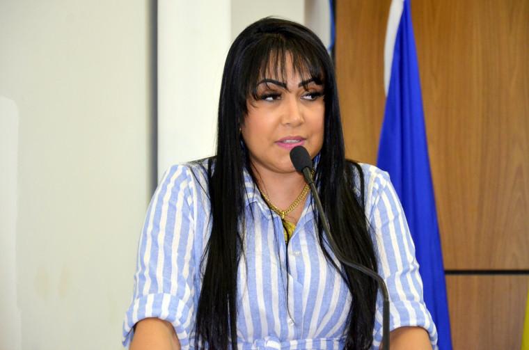 Janad afirmou que a prefeitura compro mais de 75 mil testes a um valor médio de R$ 65,00.