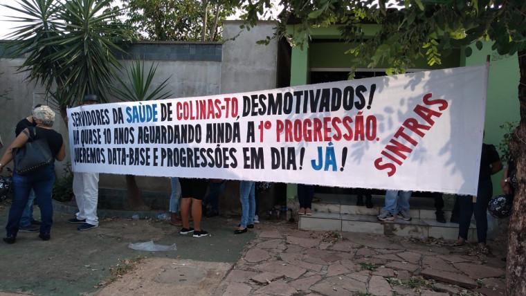 Profissionais de enfermagem durante protesto em Colinas do Tocantins.