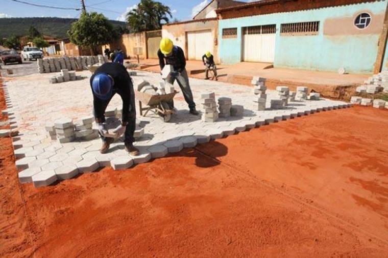 Pavimentação será feita com blocos de concreto