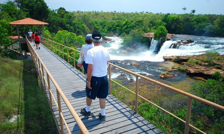 Cachoeira no Jalapão (TO)