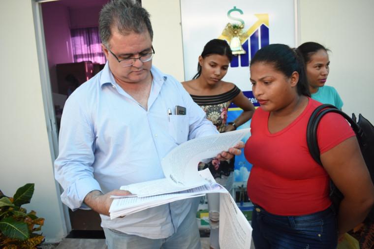 Prefeito Adriano Rabelo entregou o projeto para votação na Câmara
