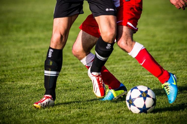 O futebol brasileiro é um grande exportador de jogadores, e o Tocantins faz parte desse mercado