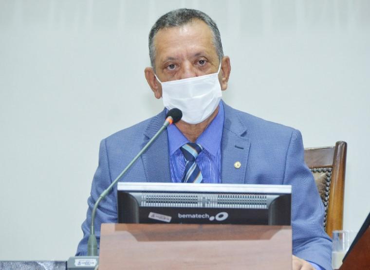 Antônio Andrade é presidente do PTB no Tocantins