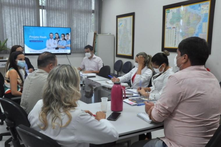 Reunião dos integrantes do projeto
