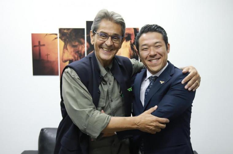Roberto Jeferson tira Antônio Andrade e põe Alex Seiki na presidência do PTB no Tocantins