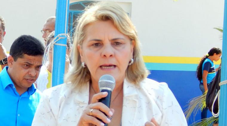 Prefeita Maria Ivoneide