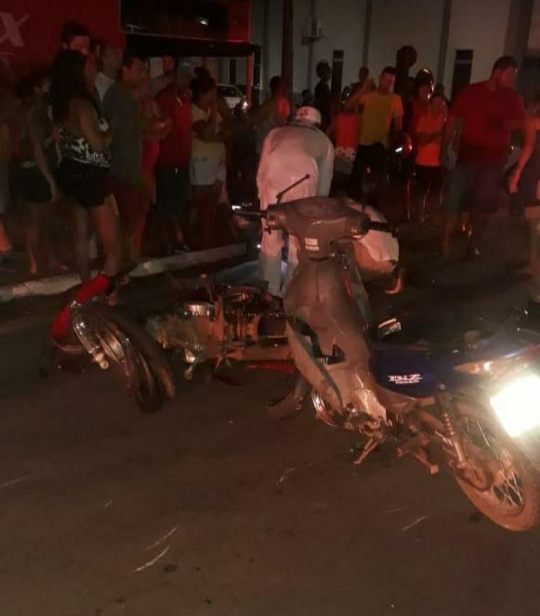 Uma das motocicletas tinha registro de roubo