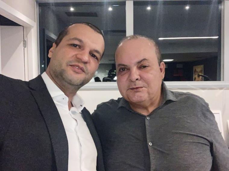 Médico Alberto Aguiar e governador Ibaneis Rocha