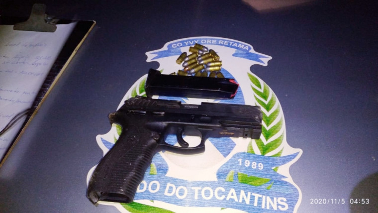 Arma apreendida pela polícia próximo a Rádio