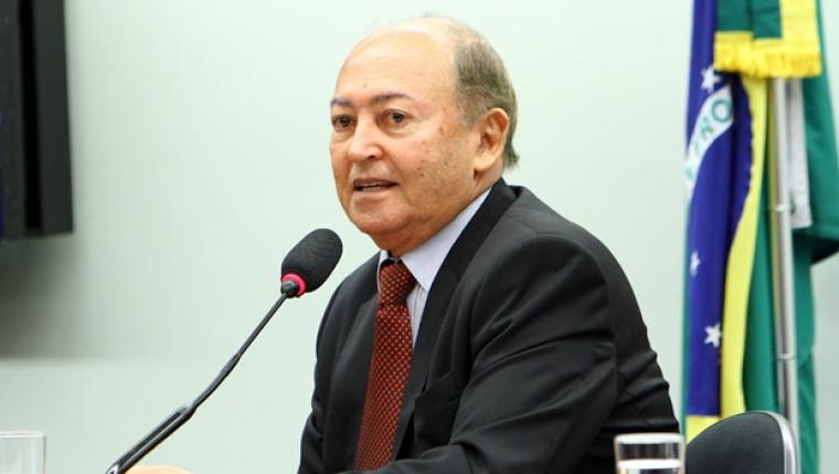 Lázaro Botelho quer voltar à Câmara Federal
